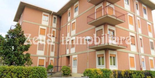 Appartamento bicamere a Starazano zona scuole