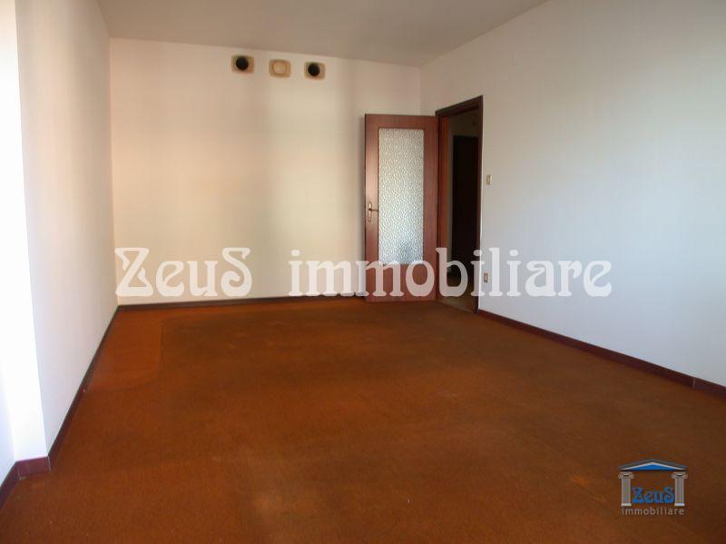 Appartamento bicamere zona Emisfero a Monfalcone