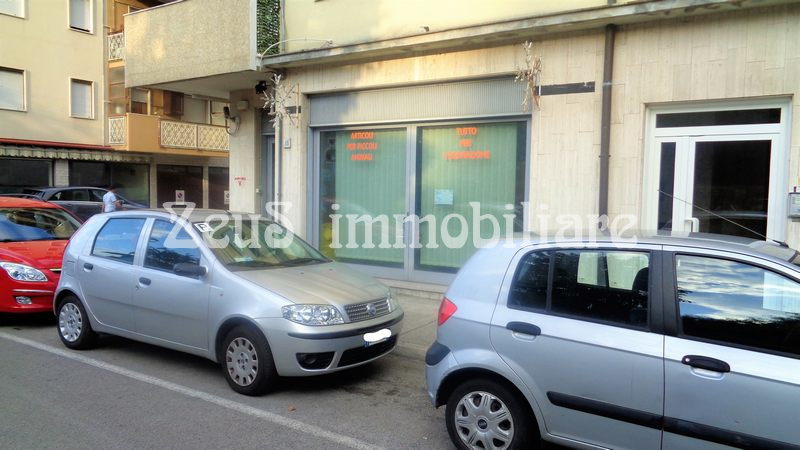 Locale commerciale in centro a Monfalcone