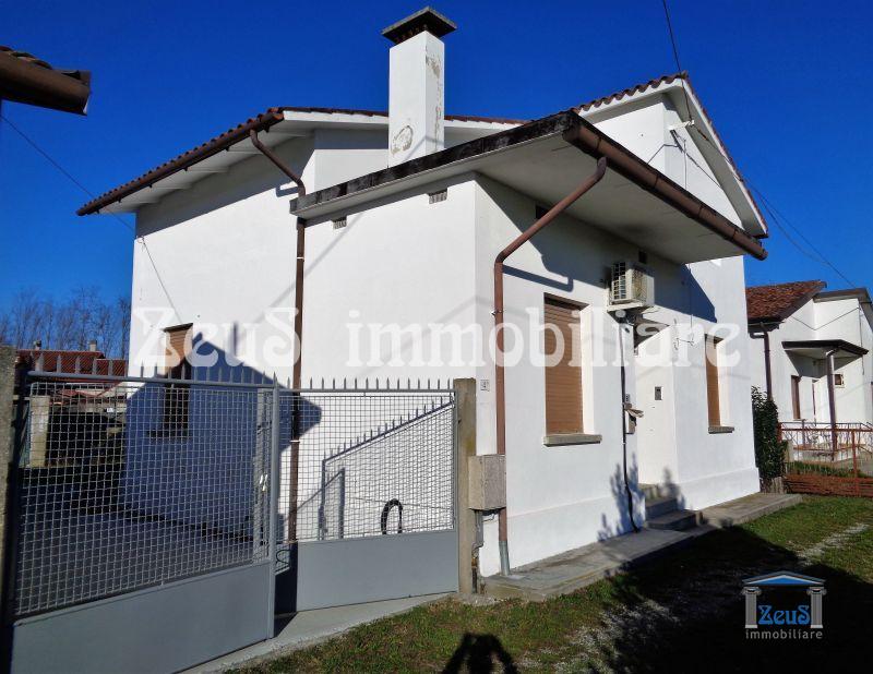 Casa Indipendente in Vendita a Ruda (UD) – Udine