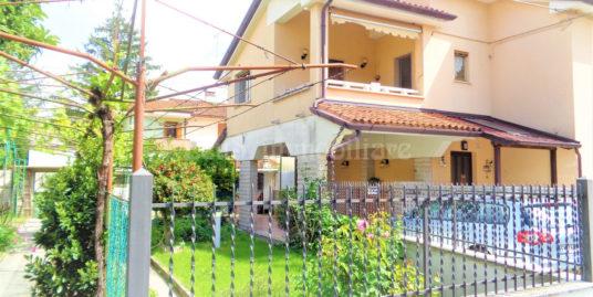 Appartamento indipendente con giardino a Monfalcone