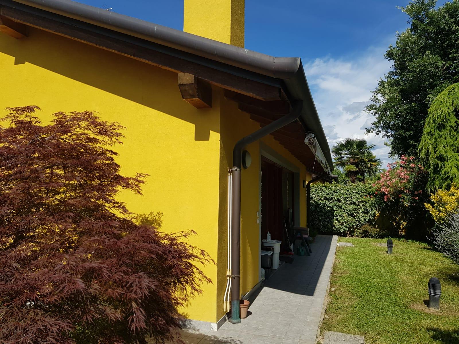 Villa accostata da portico a Ronchi dei legionari