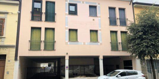 Ufficio centrale in piccola palazzina a Gorizia
