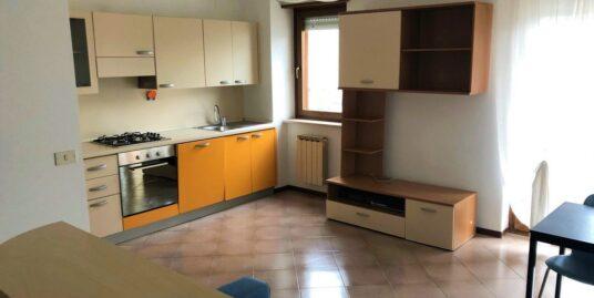Appartamento monocamera arredato a Pieris